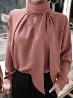 High quality & chic korean fashion outfit selections by Sophisticated Outfits, Classy Outfits, Stylish Outfits, Hijab Fashion, Korean Fashion, Fashion Dresses, Estilo Cool, Look Office, Sleeves Designs For Dresses