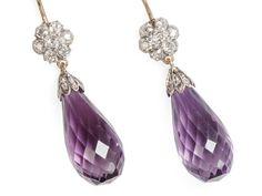 Amethyst briolette diamond silver and gold earrings. Heart Jewelry, Jewelry Art, Antique Jewelry, Vintage Jewelry, Fine Jewelry, Jewlery, Amethyst Jewelry, Amethyst Earrings, Pendant Earrings