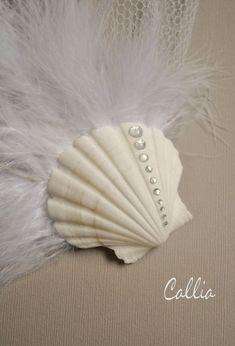 Sea shell hair accessory