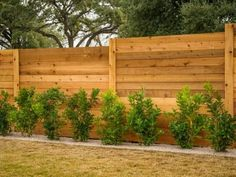 Want garden fence ideas with garden art ideas? These fence decorations are great ways to dress up your outdoor space. If you'd like specific ideas for privacy fences, I've got a collection of 70 Gorgeous Backyard Privacy Fence Decor Ideas on . Privacy Fence Decorations, Diy Privacy Fence, Privacy Fence Designs, Backyard Privacy, Diy Fence, Backyard Fences, Backyard Landscaping, Backyard Designs, Fence Garden