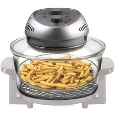 The Big Boss Oil-Less Fryer It leaves food moist on the inside and browned and crispy on the outside, without the use of added fats or oils. Gentle infrared heat cooks from inside out, sealing in juices. Use it to roast turkeys, bake fish, broil steaks, air fry chicken, grill meats, toast breads, steam vegetables and even make dessert, all without preheating or defrosting.