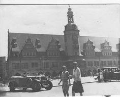 Leipzig mit Alten Rathaus und wunderschönen PKW Oldtimer 1937 | eBay