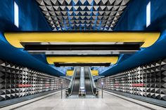 Wonderful Exploration of German Metro Stations  Chris Forsyth is a photographer based in Quebec. In his series The Metro Project he immortalizes the singular atmosphere of metro stations around the world. From Montreal to Stockholm he explores these subterranean labyrinths to demonstrate that design and art can also be used to brighten up the city dwellers favourite means of transportation. Here he stops in Germany and invites us to visit the subway corridors of Munich or Berlin. You can…
