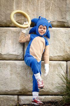 Handmade Sonic the Hedgehog Halloween costume   DIY Halloween costume tutorial…                                                                                                                                                     More