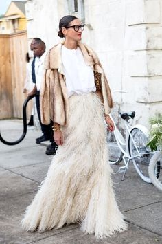Jenna Lyons at Solange Knowles' wedding in a fur coat & feather skirt #style #fashion #altbride