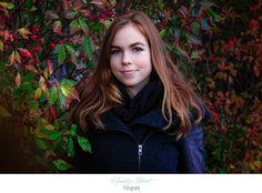 Herbst| Herbstlaub| rote Beeren| rote Haare| Mädchen| Portrait| rote Blätter| outdoor| Natur| Fotografin| Mecklenburg-Vorpommern| Neubrandenburg| Greifswald|  https://www.facebook.com/HendrikjeRichertFotografie| https://www.hendrikje-richert-fotografie.de