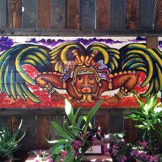 """Brunch time mural """"a lo mexicano"""" As always el español está por todos lados"""