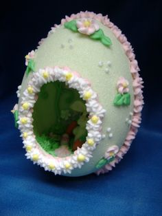 Panoramic Sugar Easter Egg ~ New