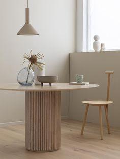 Egyre népszerűbb a japandi: ismerjük meg közelebbről ezt a lakberendezési stílust! - Lakáskultúra magazin Estilo Interior, Paz Interior, Interior Styling, Interior Decorating, Wabi Sabi, Bedroom Designs, Living Room Designs, Tons Clairs, Minimalist Dining Room