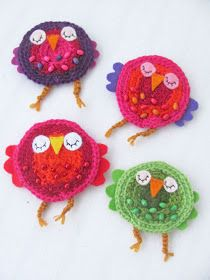 Ready to crochet a project that's quick, inexpensive, and lots of fun? You probably are going to like this Adorable Brooch Free Crochet Pattern to spruce up your wardrobe. Easy Diy Crafts, Crafts To Do, Yarn Crafts, Crafts For Kids, Arts And Crafts, Crochet Leaves, Crochet Motif, Free Crochet, Crochet Patterns