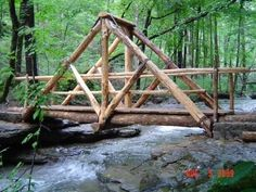 Farm Projects, Diy Wood Projects, Outdoor Projects, Bridge Design, Backyard For Kids, Wood Bridge, Garden Bridge, Backyard Landscaping, Woodworking Projects