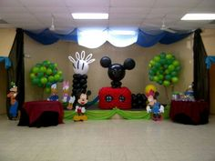 Mickey club house balloons