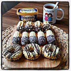 """288 Likes, 11 Comments - Feyza Ekinci Yorulmaz (@fesaaa) on Instagram: """"Minnacik  cheese cake im ile hayirli geceler 😊😊😊 👍 Tarif eski paylasimlarimda da farkli bir…"""""""