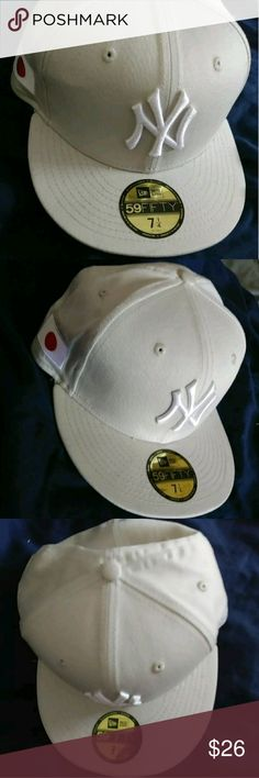 ac53c3e77fb Shop Men s New Era White size 7 Hats at a discounted price at Poshmark.  Description  New Era 5950 flex fit NY Yankees cream fly your own flag  custom hat.