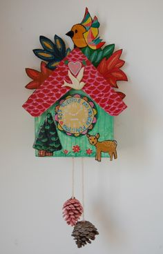 Cuckoo clock made with cardboard