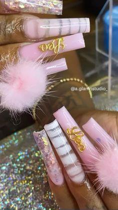Acrylic Nails Coffin Pink, Diy Acrylic Nails, Long Square Acrylic Nails, Acrylic Nail Shapes, Cute Acrylic Nail Designs, Exotic Nail Designs, Birthday Nails, Birthday Nail Designs, College Nails