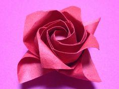 """川崎敏和氏の""""川崎ローズ""""と""""1分ローズ達人折り""""を参考に、かざぐるまのようなバラを折ってみました。 I was referring to the """"1 minute Rose"""" and """"Kawasaki Rose"""". I tried folding the rose like a windmill. My F..."""