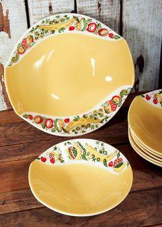 Vintage Mid Century Figgjo Flint Norway by ReflectRethinkReuse Vintage Kitchen, Bowl Set, Norway, Serving Bowls, Catering, Scandinavian, Vintage Items, Mid Century, Pottery