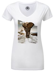 T-Shirt with print elephant africa t-shirt by TachinedasCreative on Etsy