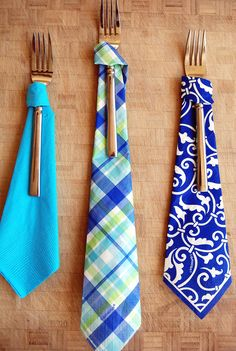 So simple! Necktie napkins for Fathers Day