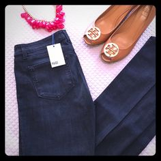 NWT Paige Jeans 31 New // comfy cotton, poly, spandex blend // 34 inch inseam Paige Jeans Jeans