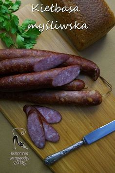 Kiełbasa Myśliwska Homemade Sausage Recipes, Pork Recipes, Home Made Sausage, Sausage Making, European Dishes, Kielbasa Sausage, Meat Platter, Czech Recipes, Polish Recipes