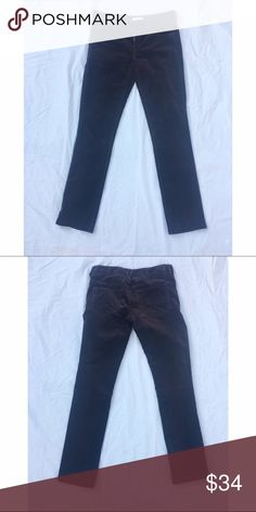 """Vince. brown velvet pants 0 Join the """"it"""" trend of 2016 with velvet!! Rich brown color. Perfect condition. 99% cotton, 1% elastane. 5-pocket design with hidden front zipper and double hook closure. Approx 28"""" waist, 7"""" front rise, 28"""" inseam.✅offers❌trades/PP💰make an offer on bundles Vince Pants"""