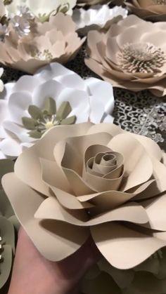 Beige Paper Flowers for Backdrop Paper Flower Patterns, Easy Paper Flowers, Flower Pattern Design, Paper Flowers Craft, Paper Flower Wall, Paper Flower Backdrop, Giant Paper Flowers, Paper Flower Tutorial, Flower Crafts