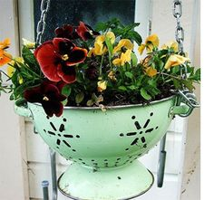 Home-Dzine - Upcycle for interesting garden features...Colander hanging flower pot