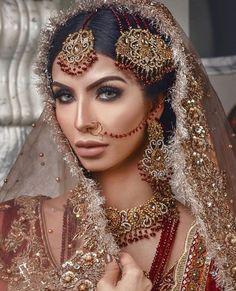 Fulfill a Wedding Tradition with Estate Bridal Jewelry Indian Bridal Makeup, Asian Bridal, Bridal Hair And Makeup, Wedding Makeup, Pakistani Bridal Jewelry, Pakistani Wedding Dresses, Indian Dresses, Walima Dress, Bridal Lehenga