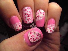 Pink leopard print hearts