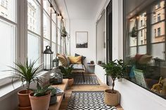 Balcon bohème dans appartement design - PLANETE DECO a homes world