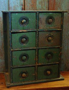 Antique Primitive Old Painted Wood Spice Chest Cabinet Drawers Primitive Country Homes, Primitive Kitchen, Primitive Antiques, Primitive Furniture, Antique Furniture, Painted Furniture, Painted Wood, Primitive Bedroom, Objets Antiques
