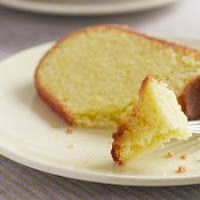 Portuguese Orange–Olive Oil Cake Adapted from The New Portuguese Table: Exciting Flavors from Europe's Western Coast (Clarkson Potter, Portuguese Desserts, Portuguese Recipes, Portuguese Food, Olives, Cake Recipes, Dessert Recipes, Quick Dessert, Dessert Ideas, Baking Recipes