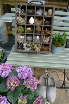 Nest-/Setz-/Bierkasten - Karin Urban - NaturalSTyle - Lilly is Love Sisal, Garden Whimsy, Deco Floral, Gras, Simple House, Easter Crafts, Ladder Decor, Flower Arrangements, Holiday Decor