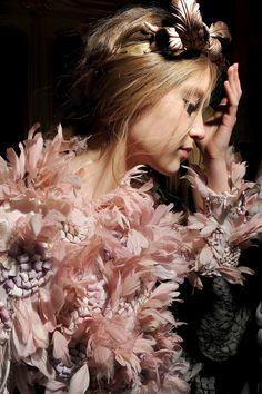 Romantic Feather Princess @GiambattistaPR Giambattista Valli Spring Summer 2013 #HauteCouture #Fashion