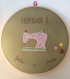 Embroidery hoop Sewing machine wall art :: Quadro bastidor máquina de costura