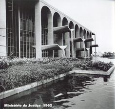 Oscar Niemeyer, Ministério da Justiça, 1962.