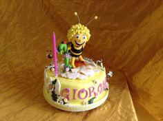 Maya bee cake Torta Ape Maya