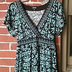 Silky dress shirt, NWOT Never worn, brand new Apt. 9 Tops Blouses