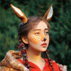 $22.59 (Buy here: https://alitems.com/g/1e8d114494ebda23ff8b16525dc3e8/?i=5&ulp=https%3A%2F%2Fwww.aliexpress.com%2Fitem%2FElaphurus-Original-Manual-antlers-Deer-Ear-Hair-Hoop-Forest-Animal-Photography-Exhibition-Cosplay-Photo-Props-Hair%2F32646981360.html ) Elaphurus Original Manual antlers Deer  Ear Hair Hoop Forest Animal Photography Exhibition Cosplay Photo Props Hair Accessories for just $22.59