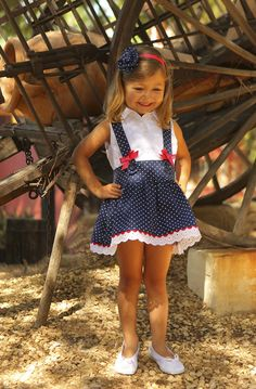 Online shop of Children's Clothing for girls and Baby - Children's Fashion, Baby Cinnamon Little Girl Outfits, Little Girl Dresses, Kids Outfits, Fashion Kids, Little Girl Fashion, Baby Girl Dresses, Baby Dress, Kids Frocks, Kind Mode