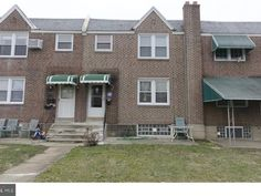 view 20 pictures of the 2 units for 7350 claridge st philadelphia
