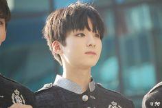 jiseong Ji Sung, Asian Boys, Boy Groups, Kdrama, Champion, Singing, Take That, Entertaining, Kpop