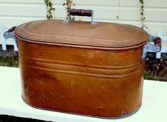 Antique Vintage Copper Boiler Kettle Wash Tub w Lid & Wood Handles