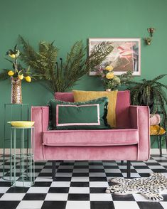 Discover recipes, home ideas, style inspiration and other ideas to try. Loveseat Living Room, Pink Home Decor, Tropical Interior Design, Bedroom Interior, Love Seat, Living Decor, Home Decor, Sofa Decor, Apartment Decor
