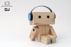 We are los robots Scrap Wood Projects, Cool Woodworking Projects, Projects For Kids, Diy For Kids, Wooden Art, Wooden Crafts, Diy And Crafts, Wood Carving Patterns, Wood Creations