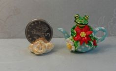 OOAK frog poinsetia Christmas rose teapot Cottage Kitty