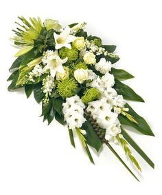 Order sympathy flowers - Fineflora offers a large range of flowers and floral arrangements to send to funeral directors in England, Wales, Scotland, and Northern Ireland (UK and Great Britain) Funeral Bouquet, Funeral Flowers, Wedding Flowers, Casket Flowers, Grave Flowers, Deco Floral, Arte Floral, Funeral Floral Arrangements, Flower Arrangements