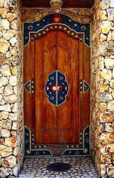 17 Ideas Old Door Decor Ideas Entrance Cool Doors, Unique Doors, The Doors, Windows And Doors, Front Doors, Door Entryway, Entrance Doors, Doorway, House Entrance
